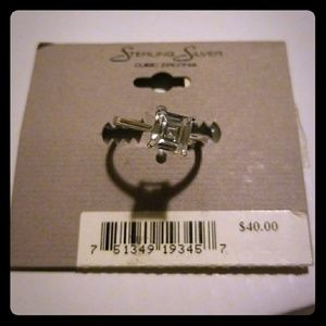 Jewelry - Sterling Silver Cubic Zirconia Size 8